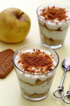 Des verrines à la mousse de fromage blanc, pomme et spéculoos pour un dessert léger et peu calorique pour se faire plaisir sans laisser de traces sur les hanches ;-) Et oui c'est bientôt l'été, limitions les dégâts (si il est encore temps lol), mais pas...