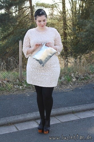 01.04.12 - wearing: dress by H, tights by Primark, heels by Jeffrey Campbell, clutch by Gina Tricot and YSL Arty Ring