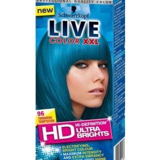 Live color XXL Ultra Brights 96 Turqoise Temptation geeft een intensieve en heldere verkleuring op reeds geblondeerd haar en een een meer subtielere verkleuring op natuurlijk of geverfd haar.