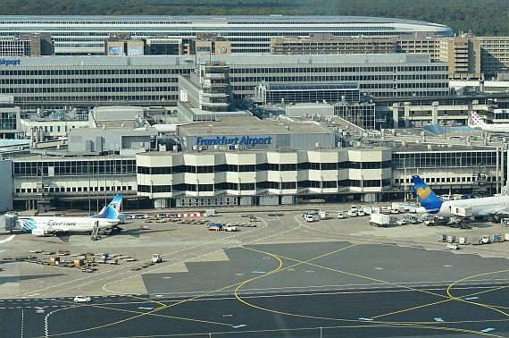 Ab 6. November 2014 können Condor Gäste in Frankfurt noch bequemer und zeitsparender am Vorabend einchecken und währenddessen kostenlos am Flughafen Frankfurt parken. Gemeinsam mit dem Team von Frankfurt Airport startet Condor den neuen Drive-in Service zunächst für eine sechswöchige Testphase bis 23. Dezember 2014.