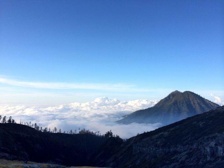 cloud around