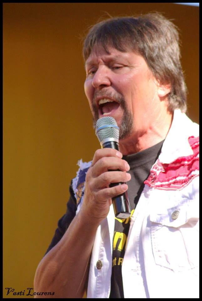 Fredi Nest performance at KKNK