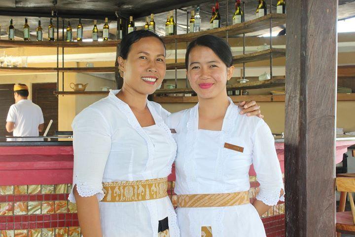 These warm smiles from Waka Bar & Restaurant team will greet you daily during your stay at WakaGangga Tabanan Bali.  Book a private villa with pool at WakaGangga resort Tabanan to reservations@wakahotelsandresorts.com or call 62-361-484085   #wakagangga #wakahotelsandresorts #bali #explorebali #thebalibible #thebaliguide #ubudhood #digitalnomad #luxurytravel #luxuryhotel #wonderfulindonesia #exploreindonesia #southeastasia #asianbeauty #weddinginspo #weddinginspiration#lifestyle #islandlife…