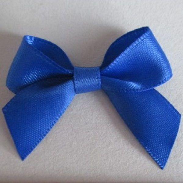 SATIN BOWS APPROXIMATELY 4cm ACROSS PANTONE COLOUR CHART -350 ROYAL BLUE WEDDING STATIONERY SUPPLIES FROM www.vintagelaceweddingcards.co.uk PLEASE SHARE