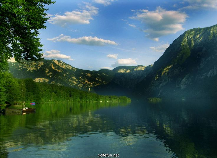 Bilde fra http://img.xcitefun.net/users/2010/08/209108,xcitefun-cool-nature-wallpapers.jpg.