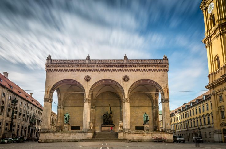 Feldherrnhalle, München by Simon  Vilgertshofer on 500px