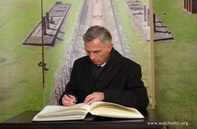 The president of the Swiss Confederation and Minister of Foreign Affairs Didier Burkhalter together with his wife visited the Auschwitz Memorial Site and Museum on 28 January 2014.