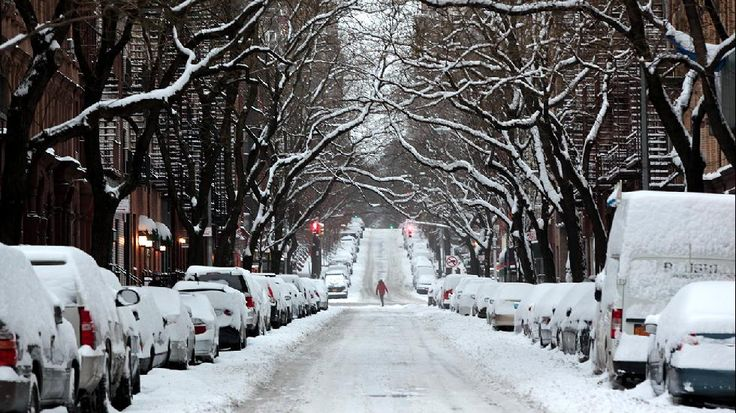 Jan 27, 2015 on the Upper East Side in Manhattan, NYC. Winter Storm Juno Dumps Snow on the Northeast (PHOTOS) - weather.com