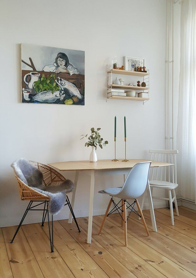 Small dining area with mix and match chairs #connox #beunique - esszimmer modern weis grau