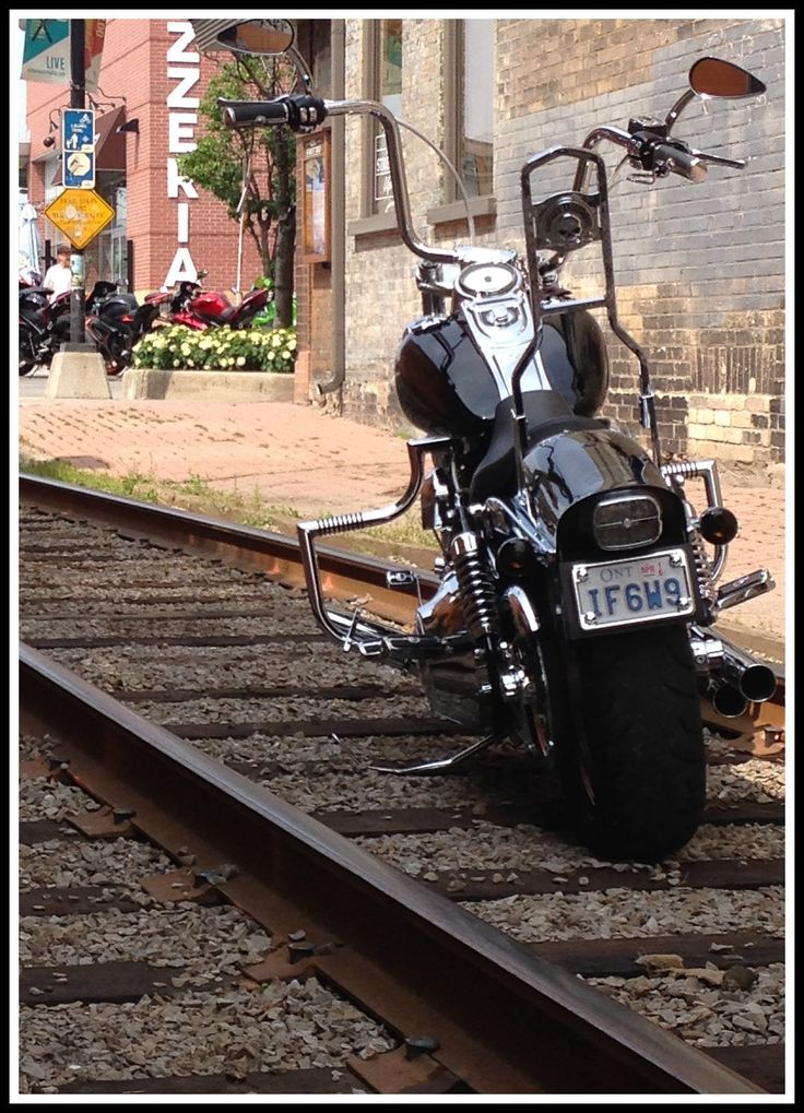 Dyna Ape Hangers photos ? - Page 20 - Harley Davidson Forums
