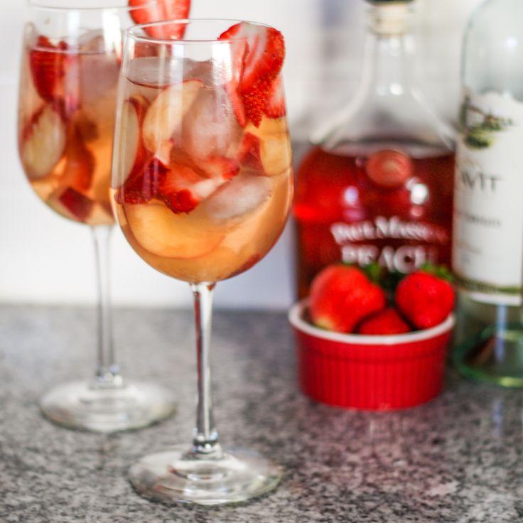 Peach Strawberry Sangria For One