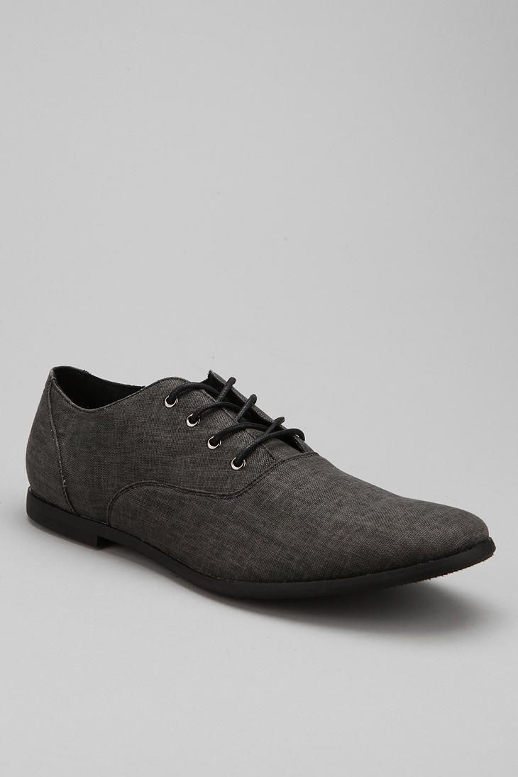 Feathers Canvas Stentorian Oxford  #UrbanOutfitters