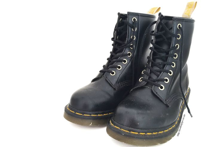 That Shoe Lady: Vegan Dr. Martens | Online Shopping Guide