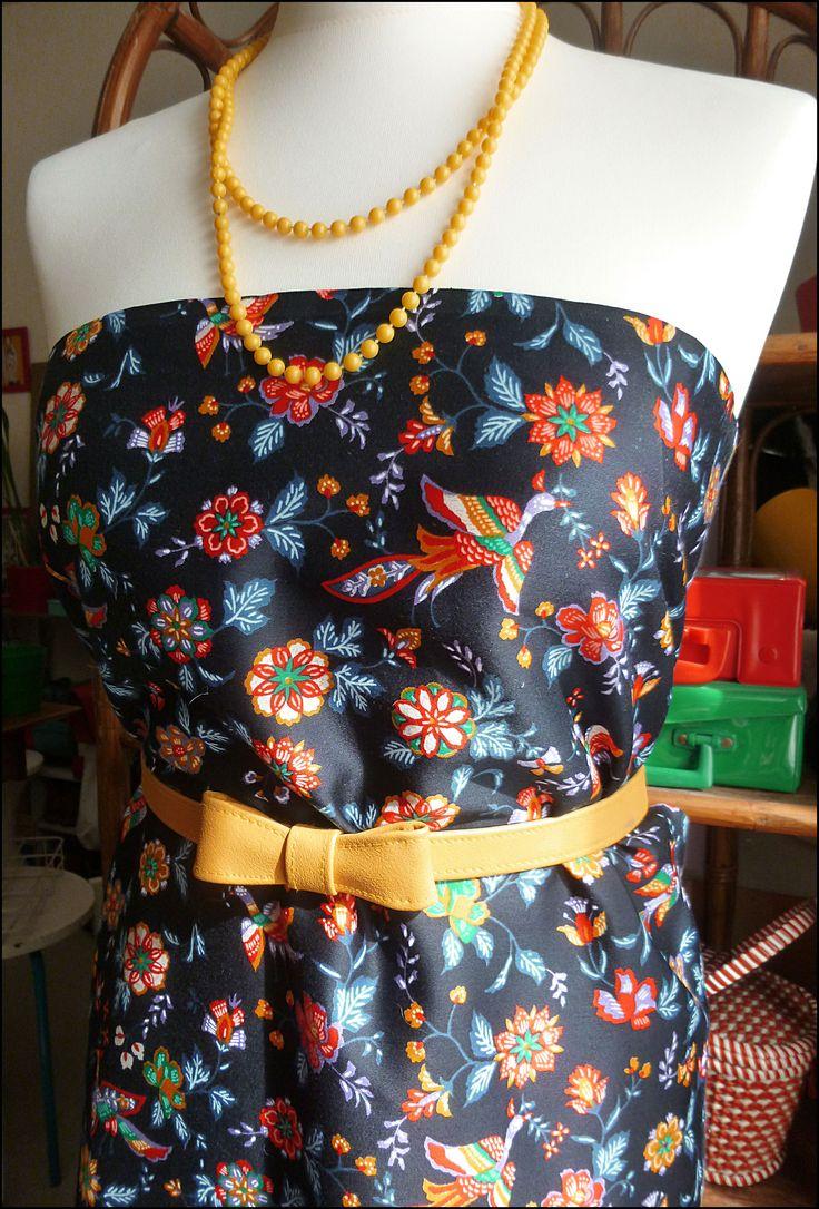 https://www.alittlemercerie.com/tissus-habillement-deco/fr_tissu_au_metre_satin_de_coton_motifs_fleurs_et_oiseaux_vintage_-9142451.html