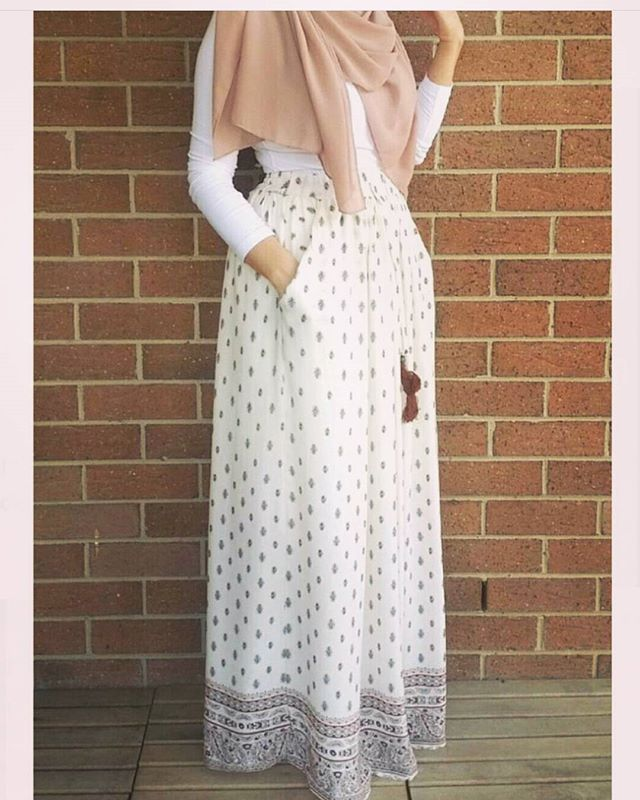 #hijaboutfit#gorgeous#lovely#skirt#chic#elegant#simple#outfit#hijab#style#nice#colour#adorable#awsome#summer#outfit#hijabstyle#flawless#beautiful#mashaallah#muslimah#lifestyle#instalove#hijabchic#blogger#fashionista#hijabers#instafollow#hijabness19#beauty#forever@hijabness19 👍💖👍 ======>>by @hijabrevivalofficial