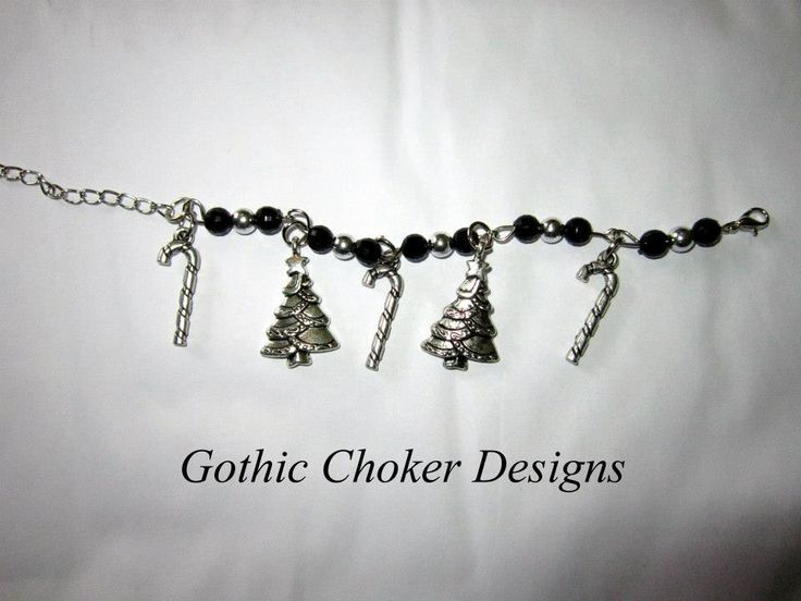 Black and silver beaded Christmas bracelet. R60 approx $6. Purchase here: https://hellopretty.co.za/gothic-choker-designs/black-and-silver-beaded-christmas-bracelet