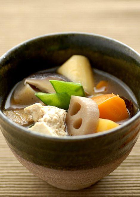 Japanese Rich Vegetable Miso Soup, Zen Buddhist Cuisine for Vegan in Japan (Shojin Ryori) | Kenchinjiru けんちん汁