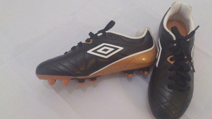 New Kids Umbro Football Shoes UK Size  2 EU Size 34(Kids size)
