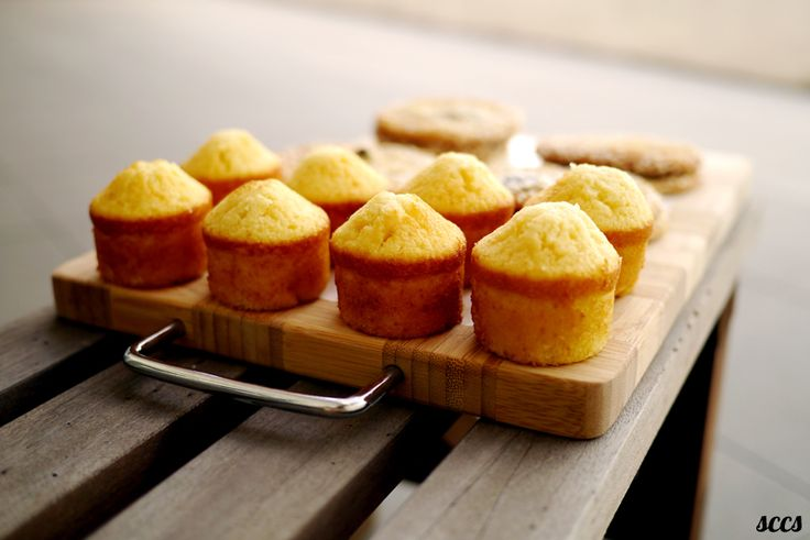 butter cake-muffins