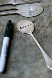 tutorial on how to hand stamp and flatten silverware. I just bought one spoon this weekend for $4... ridiculous but oh so cute! I'll be making my own from here on out thanks to this tutorial.