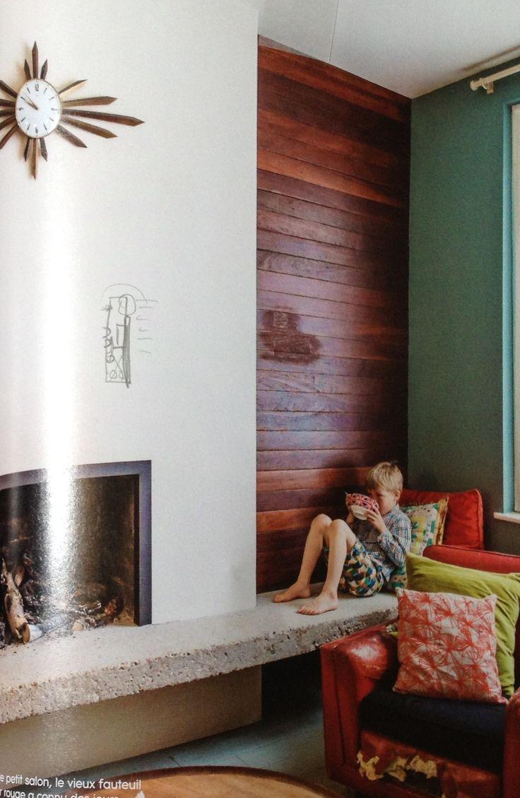 cheminée-banquette pour se mettre bien proche du feu