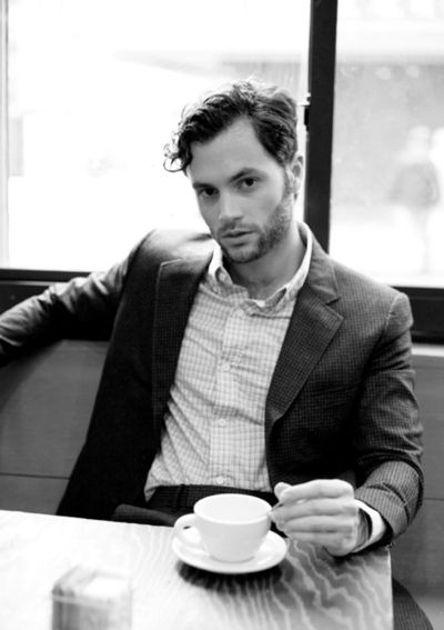 Penn Badgley.