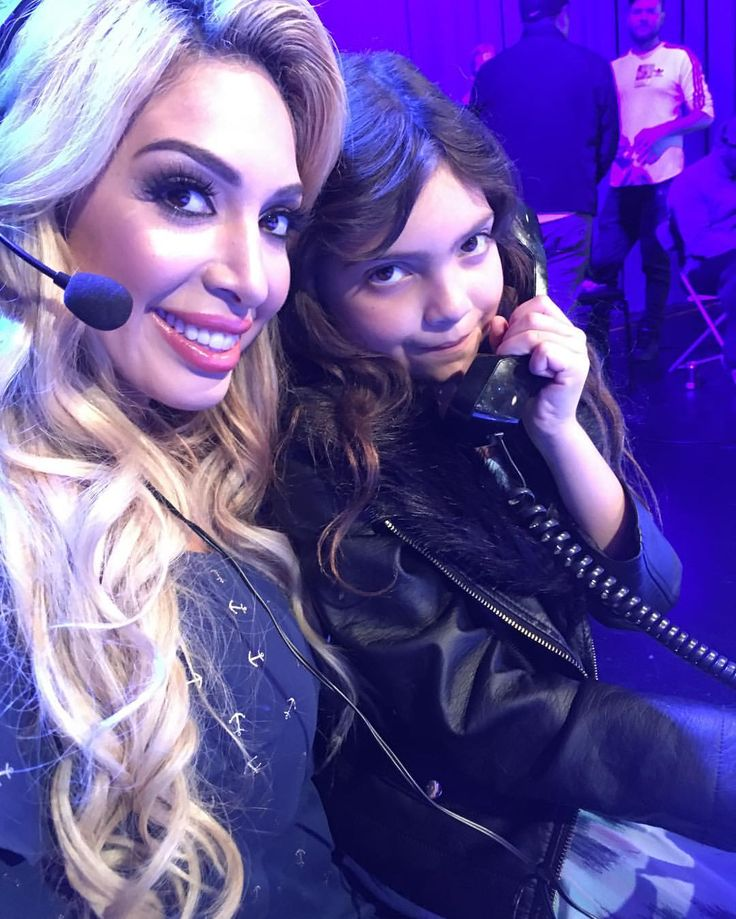 "1,821 Likes, 40 Comments - Farrah Abraham (@farrah__abraham) on Instagram: ""@sophialabraham is helping momma @mtv  live!!!"""