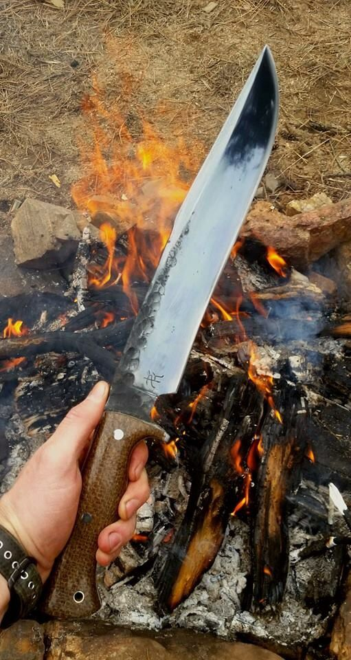 25 unique custom knives ideas on pinterest knives custom bowie knives and knives and swords. Black Bedroom Furniture Sets. Home Design Ideas