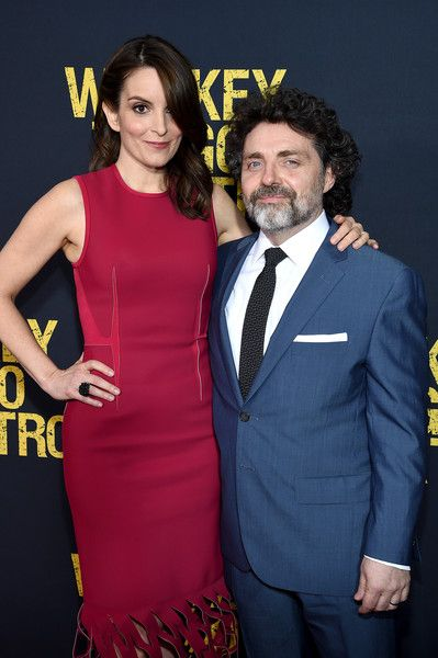 Tina Fey and Jeff Richmond - Celebrity Couples with Extreme Height Differences - Photos