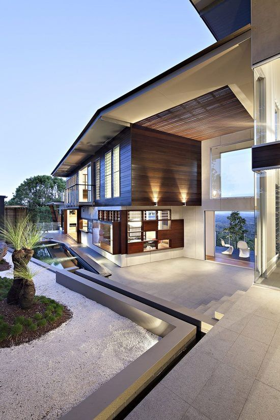 Maleny House By Bark Design Architects This Two Story Contemporary Home Is Located In The Sunshine