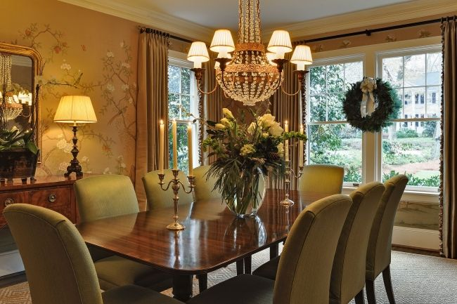 Traditional Candheliers Design Beautiful Living Rooms: Wallpaper, Upholstered Chairs