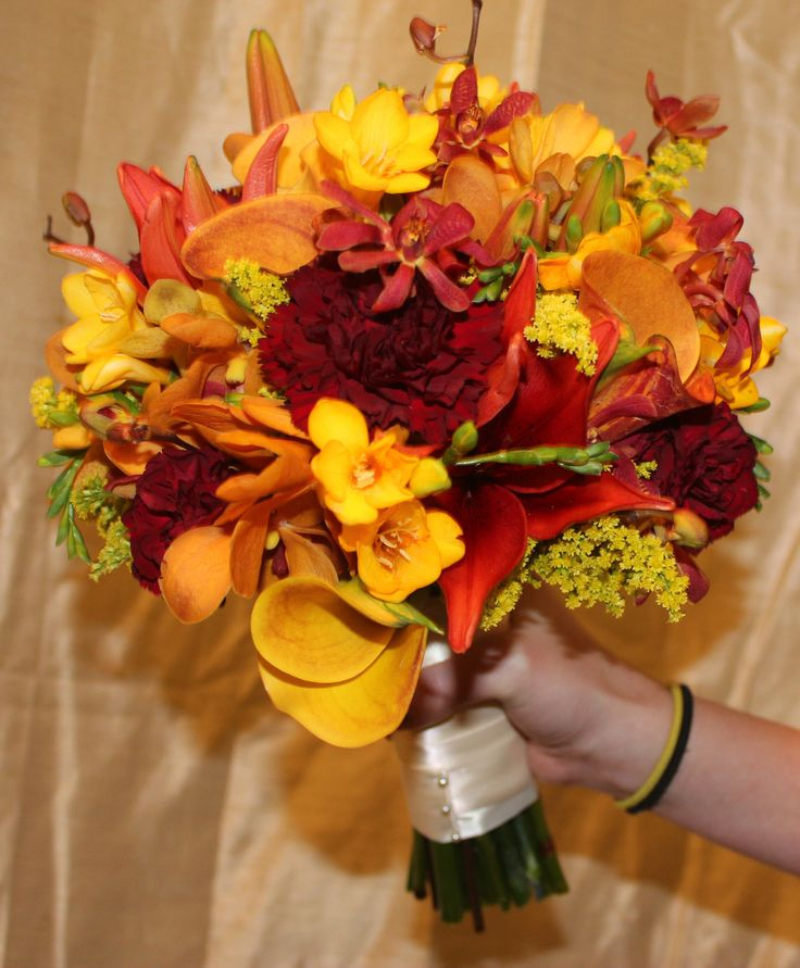 how to make wedding flowers 11 best images about fall color bouquets on 5012
