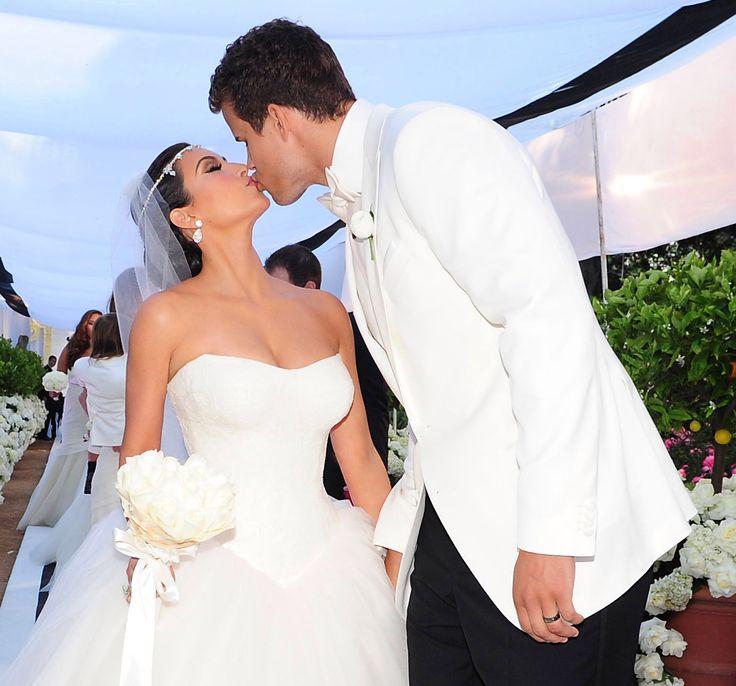 122 Best Kim Kardashian Weddings Images On Pinterest Style Wedding And