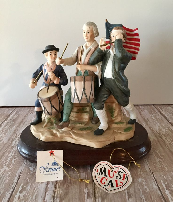 Vintage Musical Figurine, American Decor, Yankee Doodle Music Figurine, Spirit of '76, Fourth of July Decor, Patriotic Decor, Americana by passedloves on Etsy