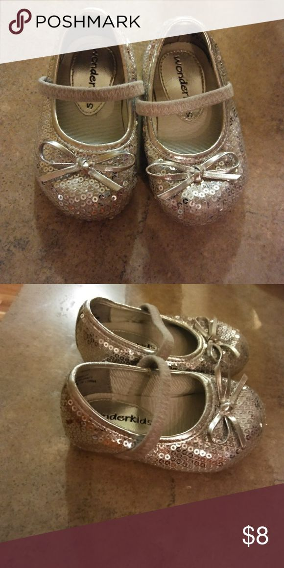 Silver sequence dress shoes toddler size 3 Silver sequence dress shoes Toddler size 3 Shoes Dress Shoes