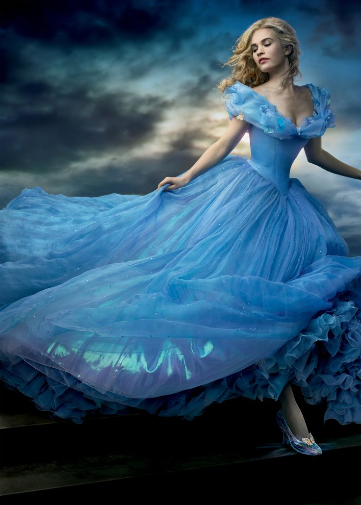 Cinderella 2015. Such a beautiful movie. They need to remake Snow White just like this, same as the animated movie. Stick to the storyline, make it gorgeous.