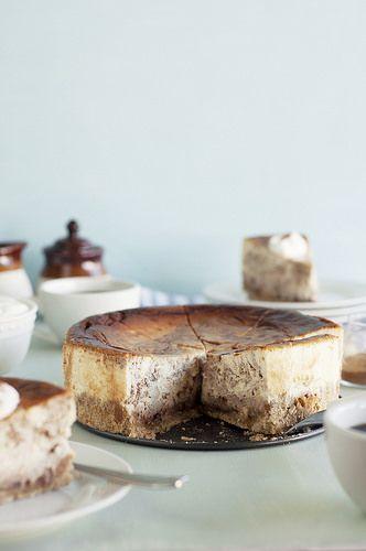 Cinnamon Swirl Cheesecake with Oatmeal Cookie Crust...♡