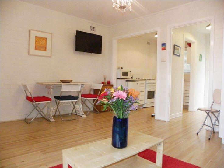 Open plan apartment design kitchen/lounge & bed