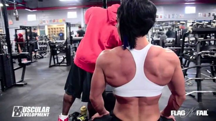 Dana Linn Bailey  - Back Workout: Great explanations by Kevin English