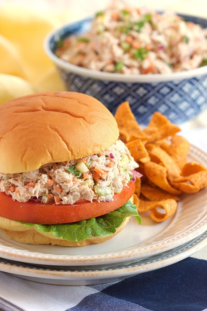 The best Tuna Salad recipe ever!  Easy to make and packed with flavor, perfect for back to school lunch! | @The Suburban Soapbox