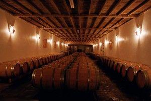 Venez découvrir le chai du château Caillou en réservant votre visite sur Wine Tour Booking. http://bordeaux.winetourbooking.com/fr/propriete/chateau-caillou-59.html