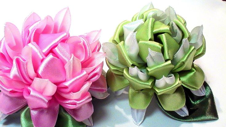 Цветок Канзаши МК / How to Make Kanzashi Flower / DIY Ribbon Flower Tuto...