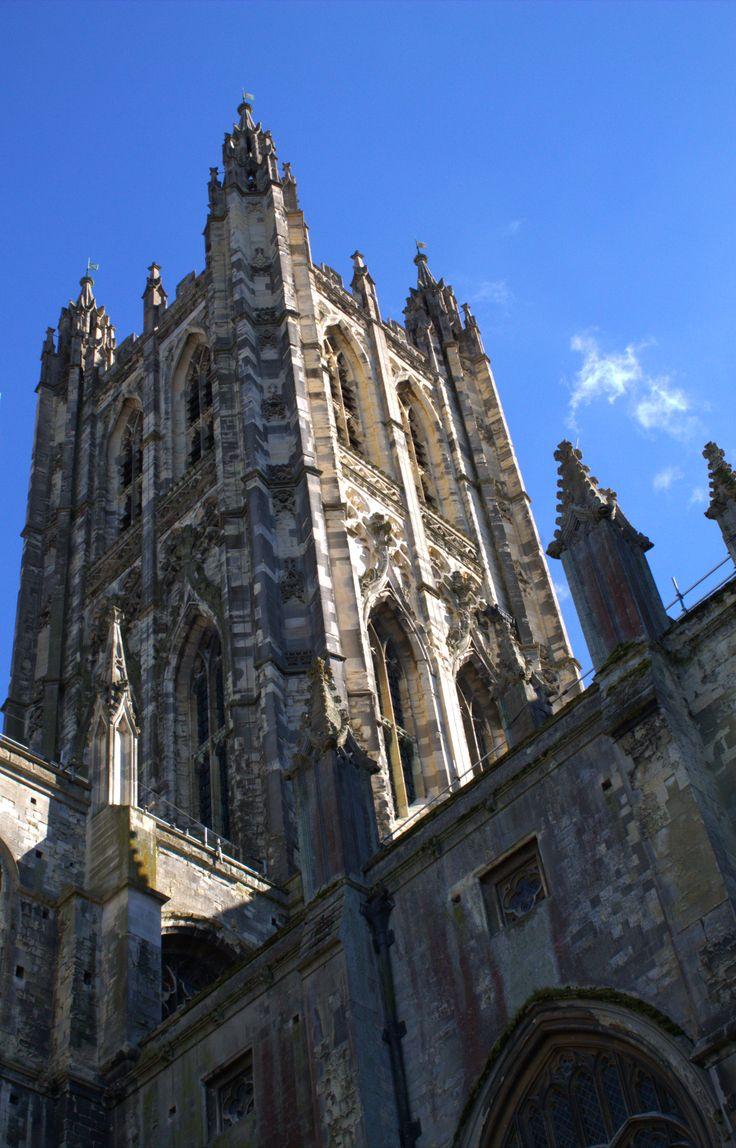 Torre central de la catedral de Canterbury (597 d.C.)  #canterbury #cathedral #campanario # #tower #torre #uk #reinounido #gótico #gothic