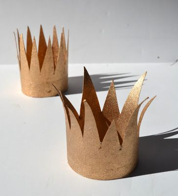 *Rook No. 17: recipes, crafts & whimsies for spreading joy*: Valentines Fit for a King or Queen ~ Mini Upcycled Paper Crowns
