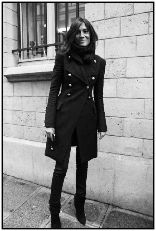 I have an ink blue military coat very similar to this. A modern classic! I'm thinking of sporting a navy and black look too. Not like me to go so dark from head to toe - but could be fun once in a while.