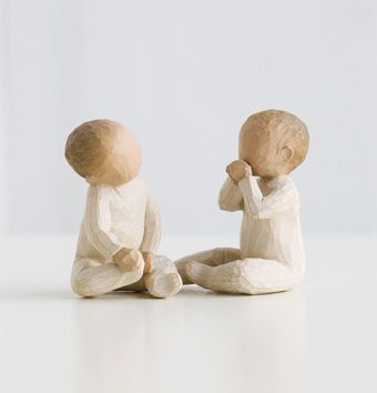 Aw! These would be cute for a shelf in the twins nursery :)