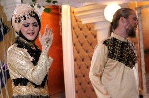 Duet syahdu Lea Elfara – Mustafa Debu lewat 'Cinta Ilahi'