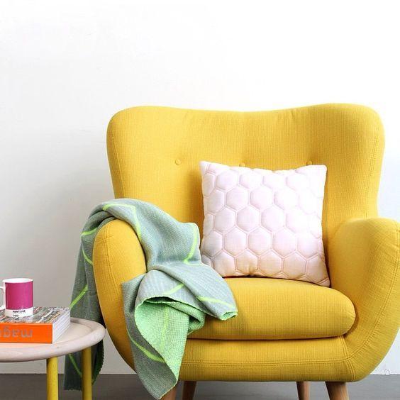 Gele kleur slaapkamer gele slaapkamer lowres - Slaapkamer kleur idee ...