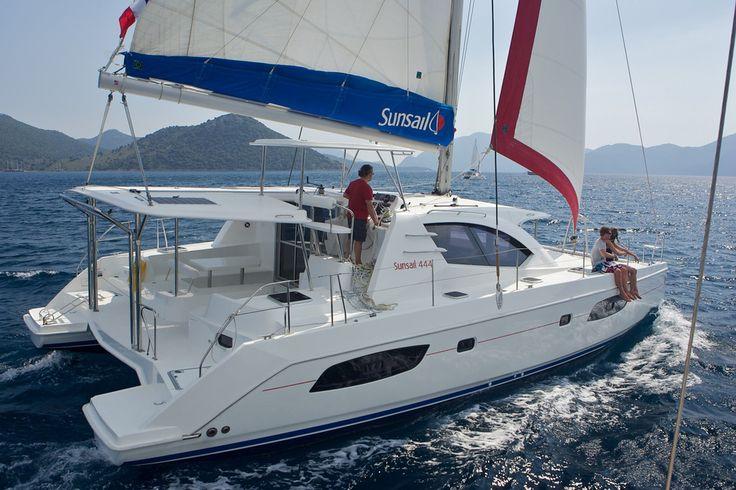 Sunsail 444 - 4 Cabin Catamaran Yacht | Sunsail USA