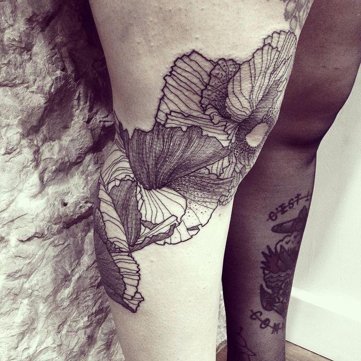 Wild Flowers! Think Massive! Done @empreinte_bodyart - Lyon #wildstyleflower #flowerstattoo  #fleur #tatouagedefleur #tatoueur #tattooer #tattooer #tattooartist #tattooart #tattoodesign #artistetatoueur #inkedbyguet #design #dotwork #dotworker #dotworktattoo #designtattoo #guet #graphism #graphictattoo #blackwork #blacktattoo #blackworker #blacktattooart #sorrymummytattoo #iconebodyart #tattrx #tttism #dontcopyplease